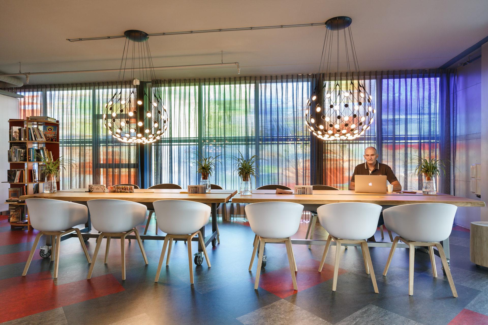Topperprojecten - Nederlands Instituut voor Beeld en Geluid 19